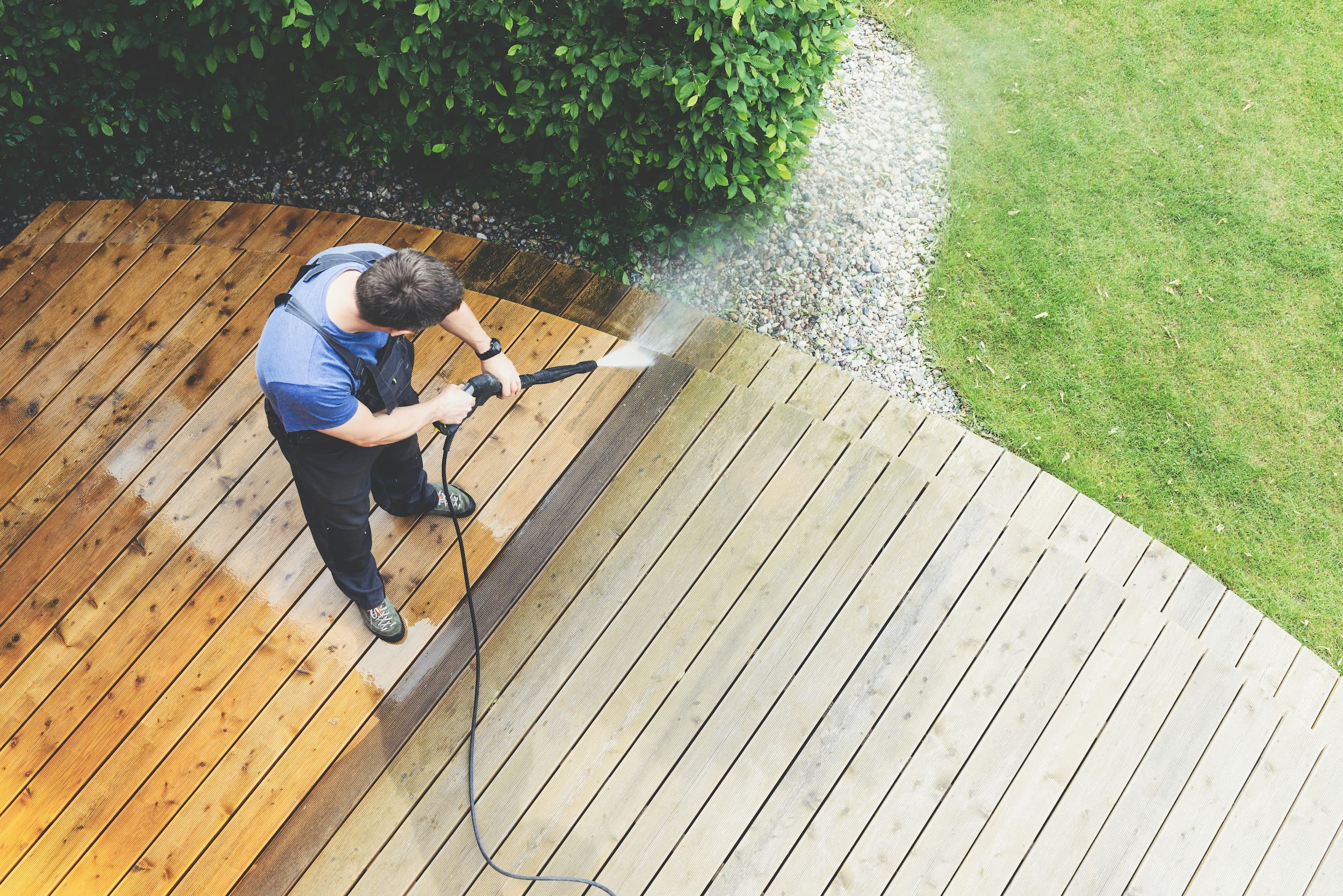 5 Surfaces That Should be Cleaned with a Pressure Washer